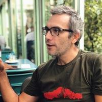 """alt=""""Davide Bondì and the digital revolution"""""""