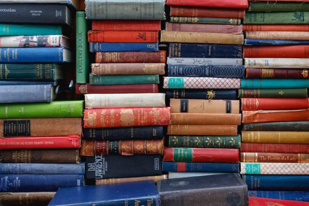 """alt:""""Antonio Gramsci and the maxim of Rivarol about unread books"""""""